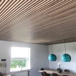 Living room slat ceiling with the color Rustic Natural Oak